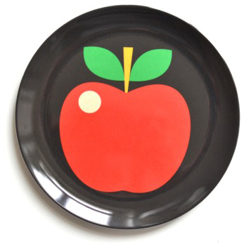 Ingela P Arrhenius apple plate The Pippa & Ike Show