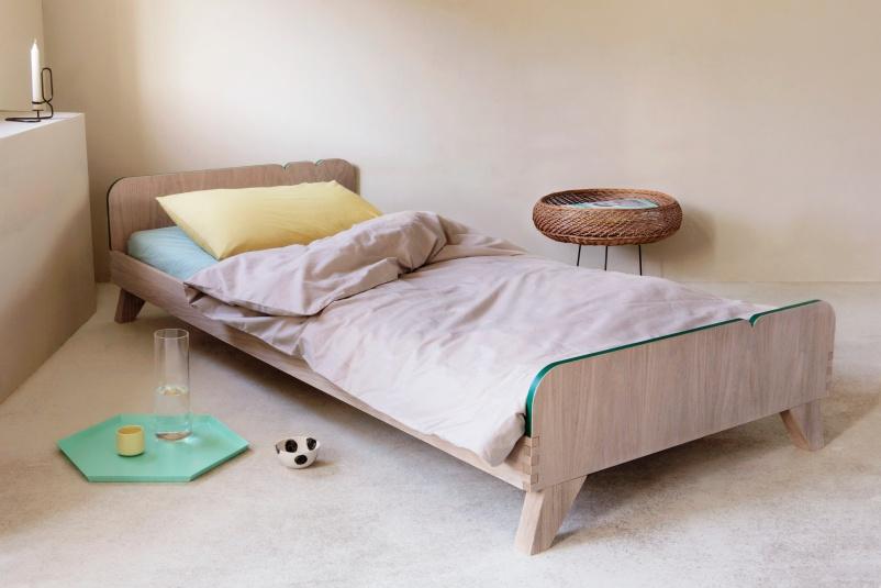 Deco-deco-bed-Buisjes-En-Beugels