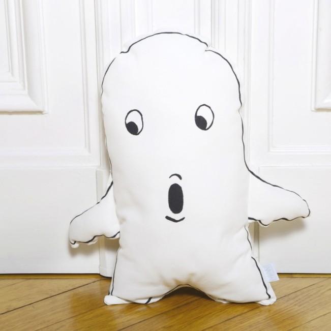 Little-Man-Happy-Pillow-GHOST_1000x1000-800x800