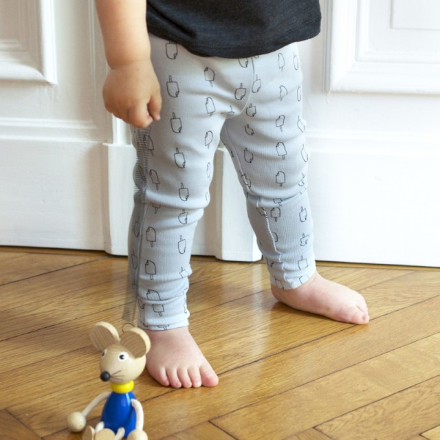 little-man-happy-product-leggings-cold-as-ice-blue-mood-1000x1000-800x800