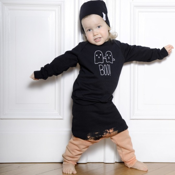 Little-Man-Happy-Sweatpants-ALASKA-MOUNTAIN-black-dyed-Sweater-GHOST-black-800x800