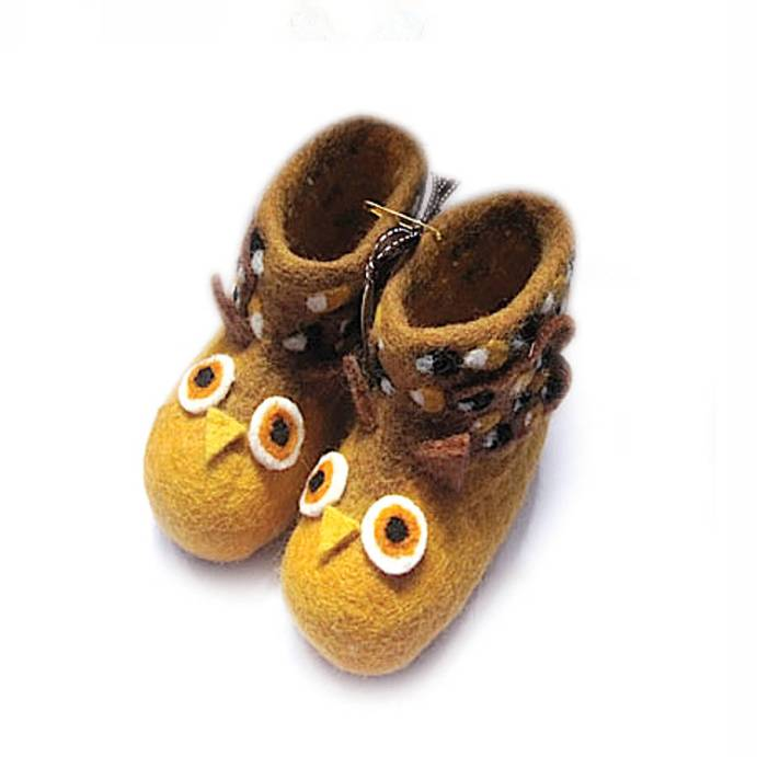 original_oakley-owl-felt-slippers