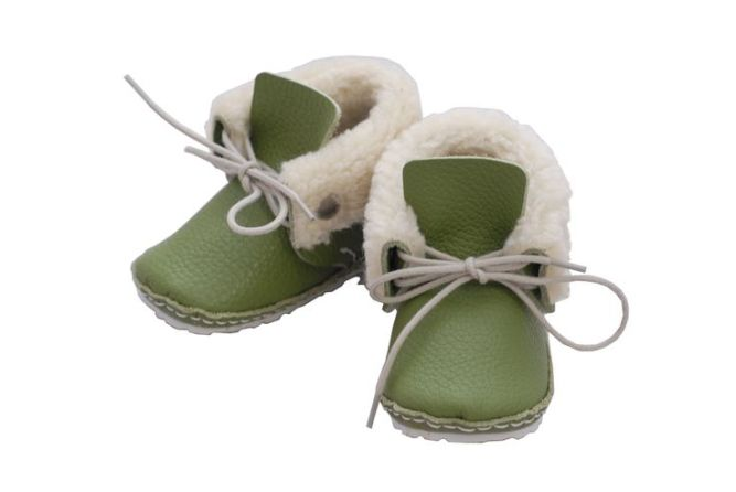 rie-gree-first-baby-shoes2