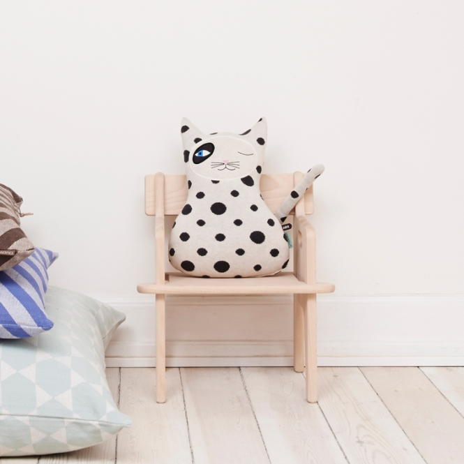 coussin-chat-oyoy