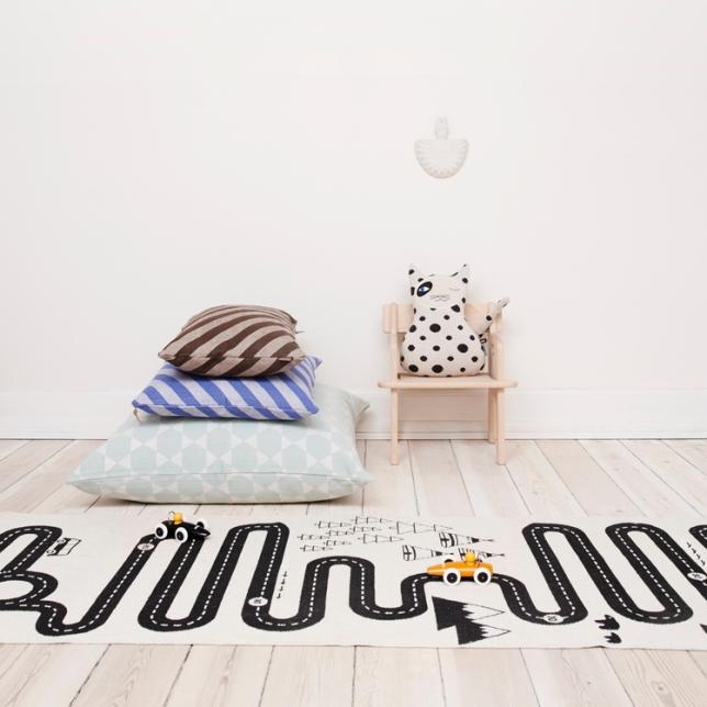 tapis-chambre-enfant-oyoy