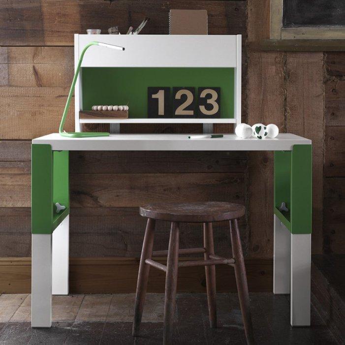 bureau_design_enfant_ikea